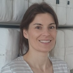 Angela Berg, zertifizierte Kursleiterin für Babymassage und Kursleiterin Babygymnastik in der YogaKitchen Düsseldorf (Oberkassel)