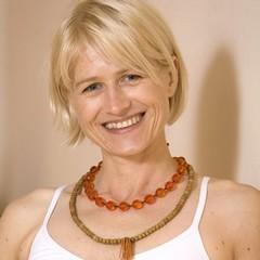 Yoga Düsseldorf (Oberkassel), YogaKitchen, Yoga Workshop mit Annette Böhmer