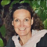 Yoga Düsseldorf, YogaKitchen, Hatha-Yogalehrerin Claudia Bredelin