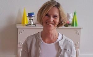 Yoga Düsseldorf, YogaKitchen, Hatha-Yogalehrerin Gisele Wälter-Schott