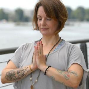 Aus- und Fortbildungen in der YogaKitchen mit Isabel Lasthaus