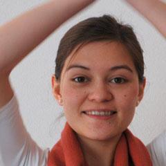 Yoga Düsseldorf, YogaKitchen, Yogalehrerin Julia Mari Meisen