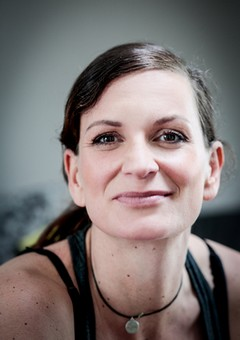 Yoga Düsseldorf, YogaKitchen, Gast-Yogalehrerin Nicole Bongartz