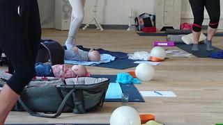 Rückbildungsgymnastik in der YogaKitchen