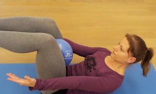 Sandra Hennig, Yoga- und Pilateslehrerin in Düsseldorf (Oberkassel)