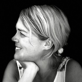 Yoga Düsseldorf, YogaKitchen, Vinyasa-Yoga-Lehrerin Sandra Uhrig