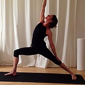 Vinyasa-Yoga Aus- und Fortbildungen in der YogaKitchen mit Tatjana Brummel