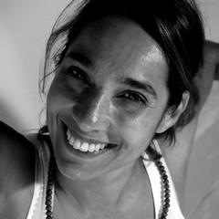 Valeria Lortz, Yogalehrerin für Vinyasa-Yoga in der Yogakitchen Düsseldorf (Oberkassel)