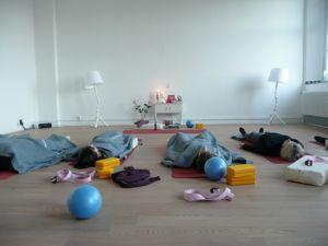 """restorative yogakurse """"stretch  relax"""" in der"""